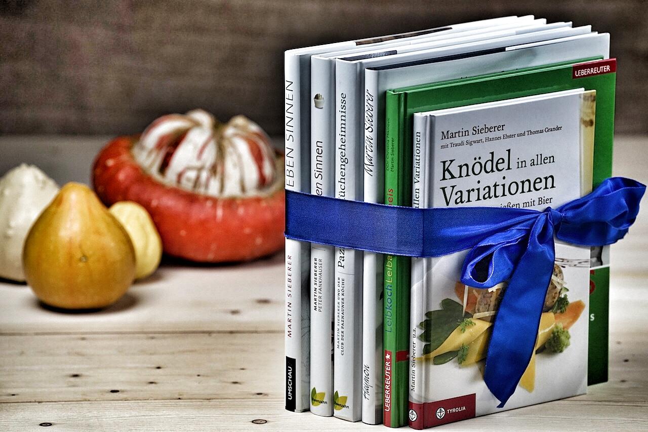 Von Sieben Sinnen ist eins der inzwischen sechs Kochbücher von Haubenkoch Martin Sieberer