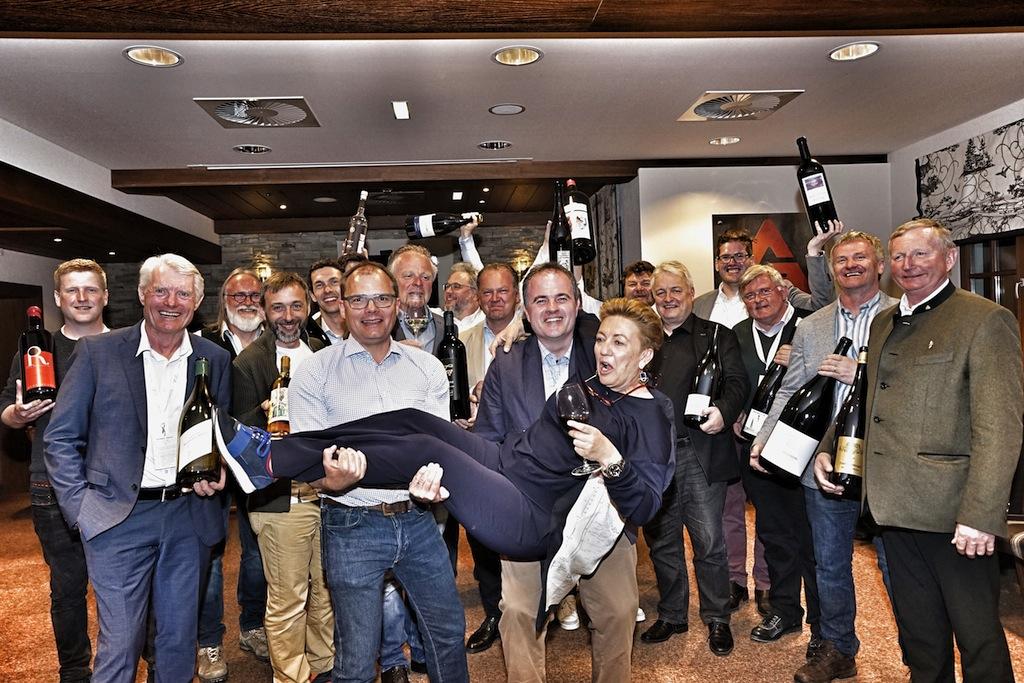 """Auch die """"Renomierten Weingüter Burgenland"""" waren bei der diesjährigen Veranstaltung """"Wein am Berg"""", welches das Luxushotel """"Das Central"""" organisiert hat, dabei"""
