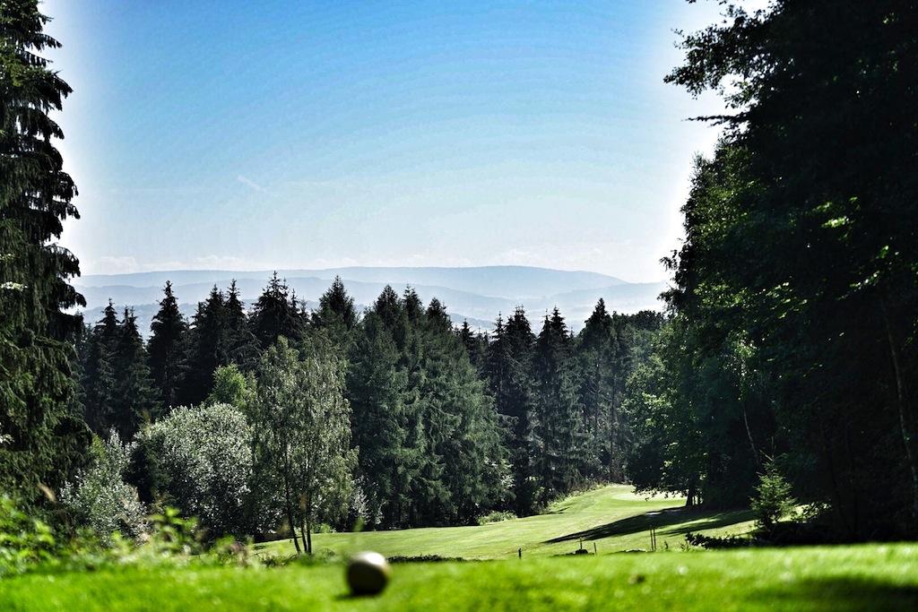 """Die natürliche Landschaft macht den Golfplatz """"Baron von Münchhausen"""" so einzigartig"""