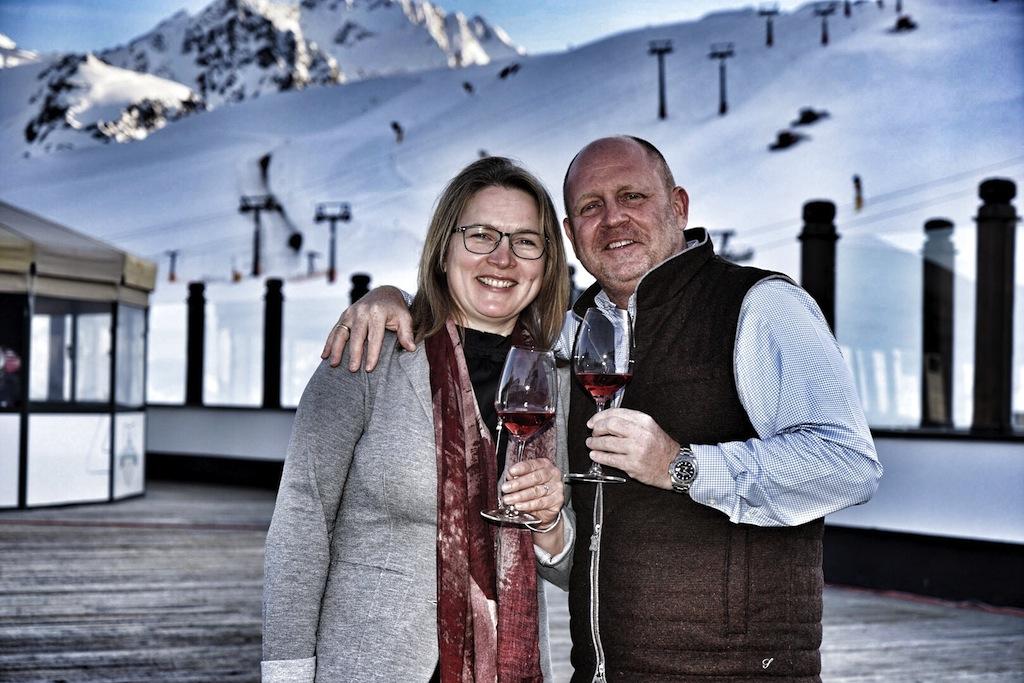"""Wein, Kulinarik und Action: Wer diese drei Dinge vereint erleben möchte, ist bei """"Wein am Berg"""" genau richtig. Eine Empfehlung von FrontRowSociety Herausgeber Annett und Andreas Conrad"""