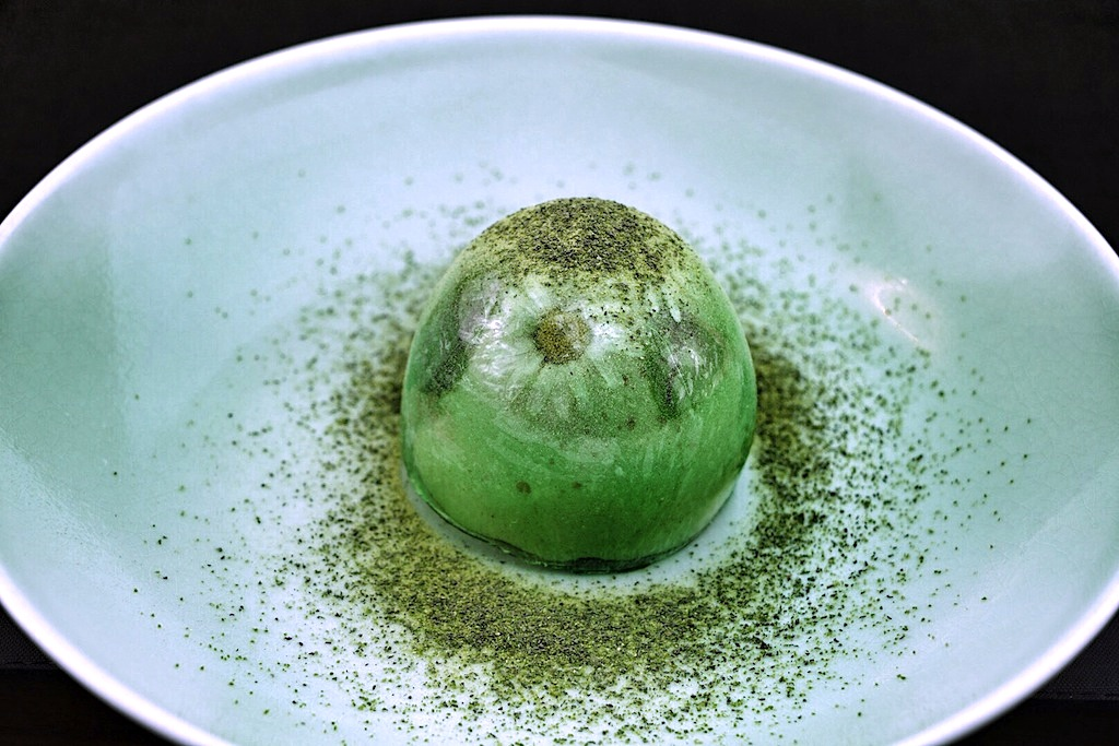 ...dazu muss man das kleine Green Egg schon aus der Nähe betrachten