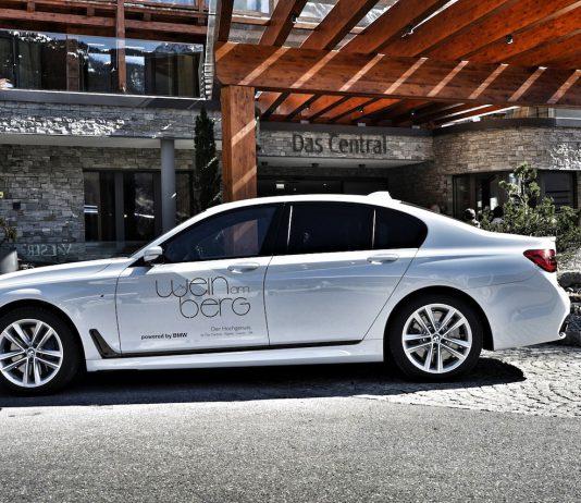 """Das Luxushotel """"Das Central"""" veranstaltet schon seit 17 Jahren """"Wein am Berg"""" - eine hochkarätige Veranstaltung. BMW shuttelt die Gäste"""