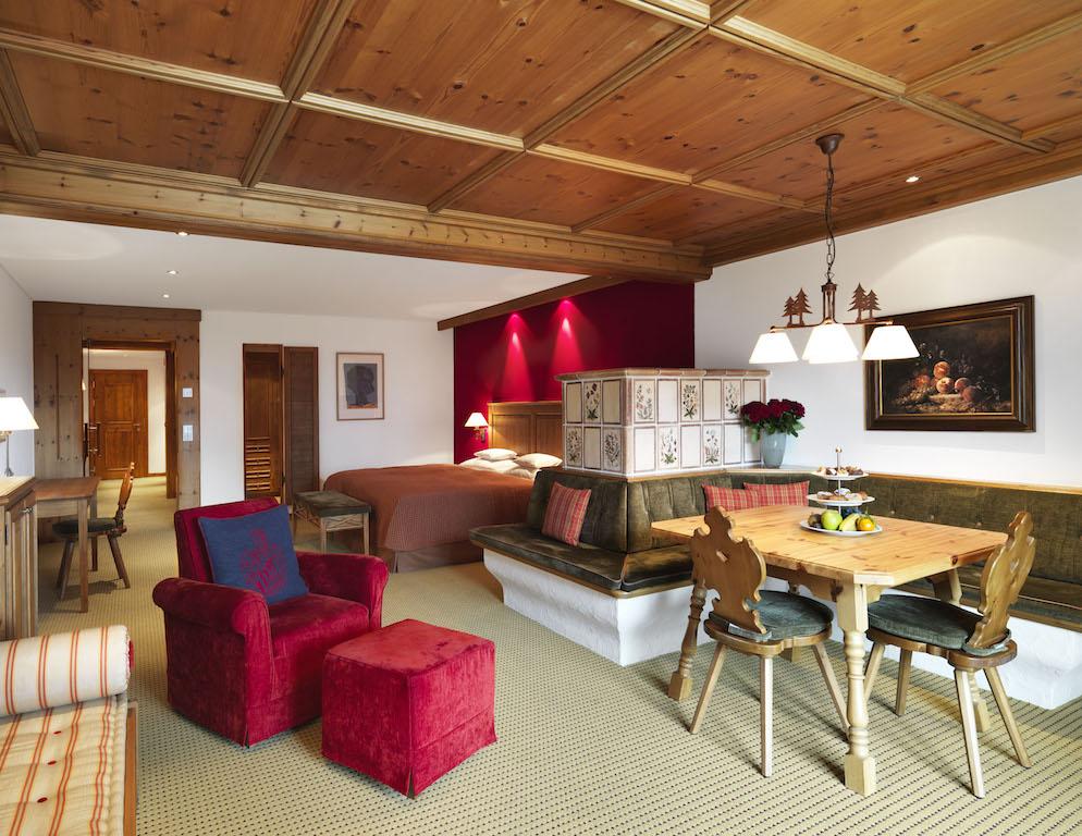 Tiroler Charme macht das 5 Sterne Superior Interalpen-Hotel Tyrol aus / © Interalpen-Hotel Tyrol