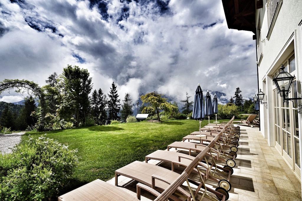 Im gesamten Terrain des Spa-Gartens finden sich Plätze zum Verweilen und Ausspannen