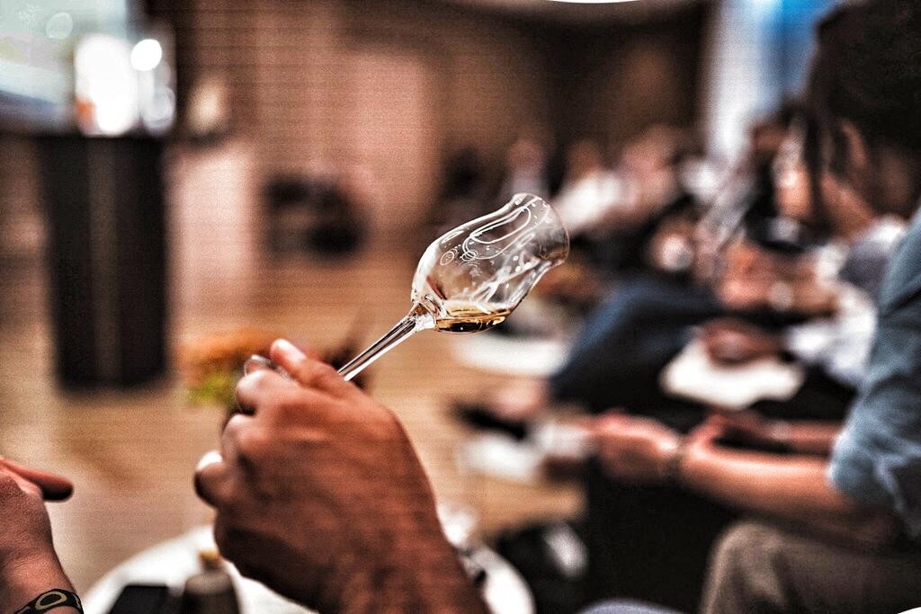 Einer Einladung, welcher alle gerne folgen, zum Tasting eines Vintage Brandys
