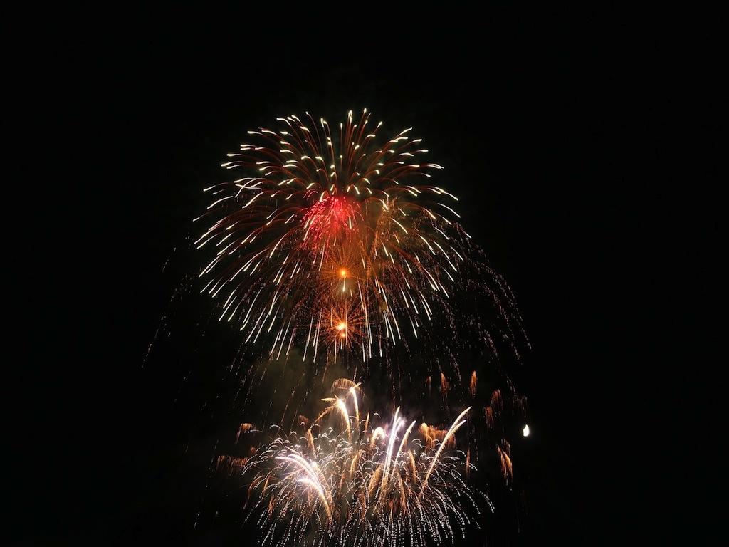 """Alles hat ein Ende... das Feuerwerk bildete den offiziellen Abschluss von """"Wein am Berg"""""""