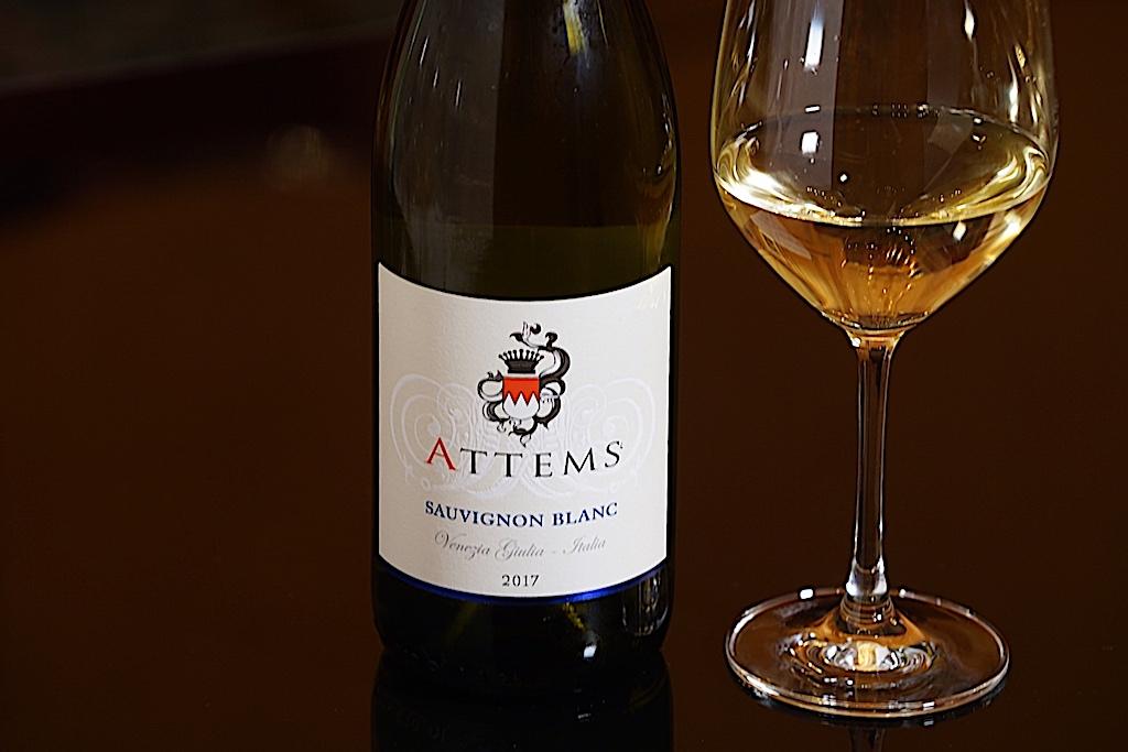 Das Weingut Attems erstreckt sich auf über 44 Hektar - westlich von Gorizia reifen diese Weine in einer sonnenverwöhnten Lage