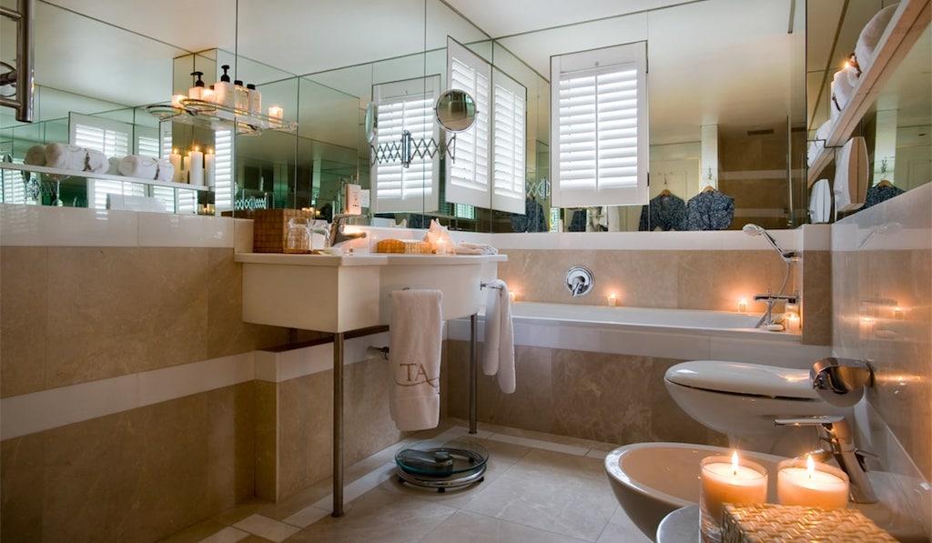Auch die Badezimmer des Leading Hotels of the World sind großzügig gestaltet