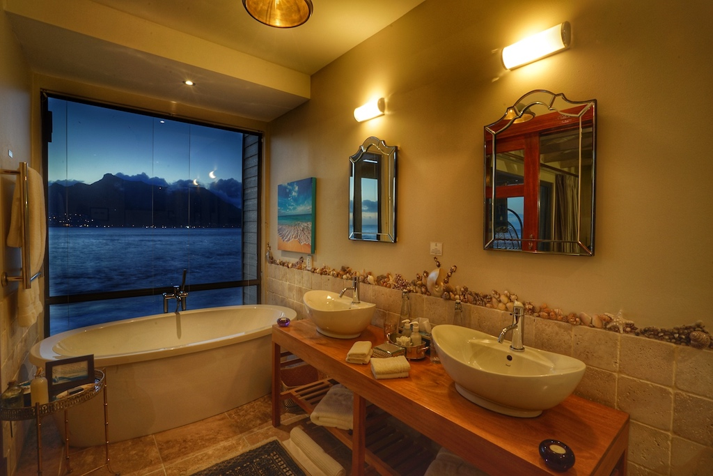 Wie auch jede Suite, hat ebenfalls jedes Badezimmer seine eigene Handschrift