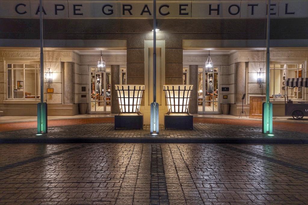 Im Luxushotel Cape Grace ist auch die bekannte Bascule Bar beheimate