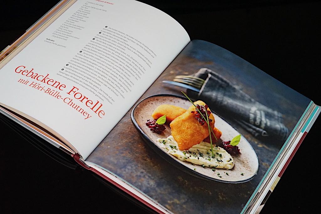 """In Achim Schwekendieks Kochbuch """"Zwiebeln und Knoblauch - Heimliche Helden der Küche"""" sind weitere schmackhafte Gerichte zu finden"""