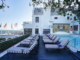 Direkt am Wasser gelegen, mit traumhafter Sicht - die Luxusherberge Twelve Apostles Hotel & Sp