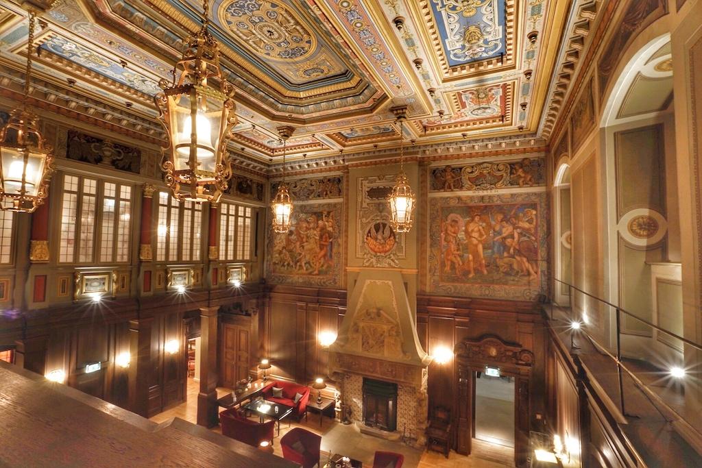 Der Rittersaal des Schlosshotels Münchhausen ist ein echtes Schmuckstück - Betreten unbedingt erwünscht