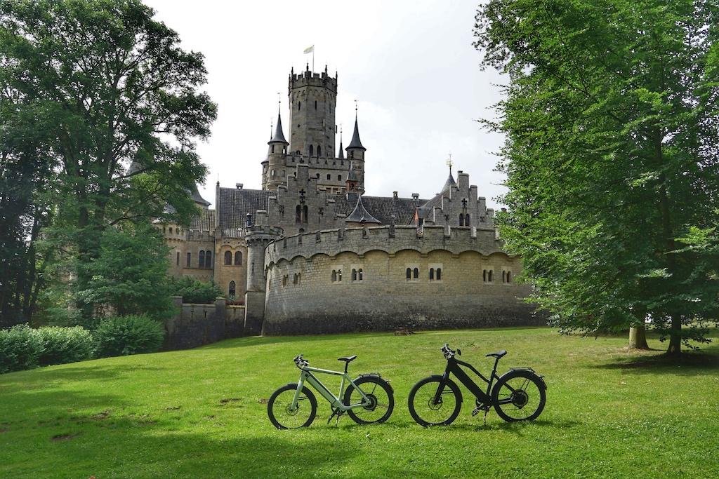 ... auch mit den S-Pedelecs von Stromer, mit welchen wir unterwegs waren, ist die Marienburg gut erreichbar