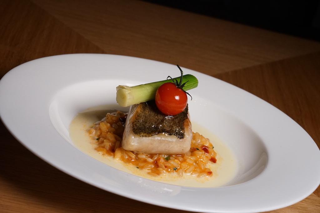 Im Schlosskeller ist auch das Tomatenrisotto Beurre blanc mit Steinköhler gefragt