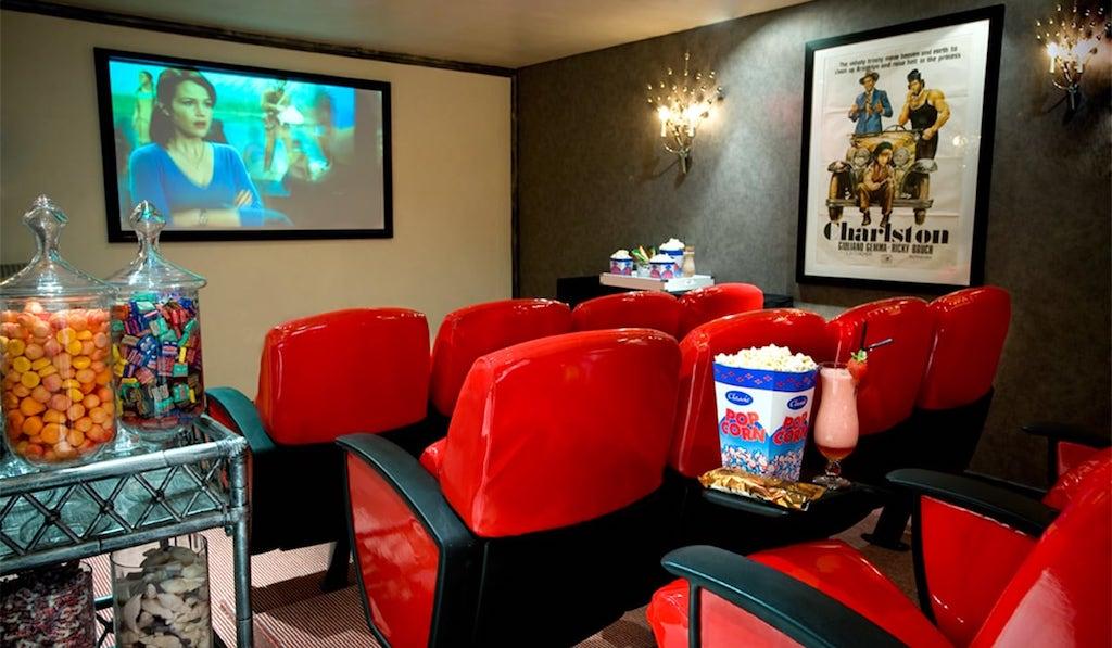 Das kleine private Kino im Twelve Apostles Hotel & Spa wird nicht nur von der jüngeren Generation geschätzt