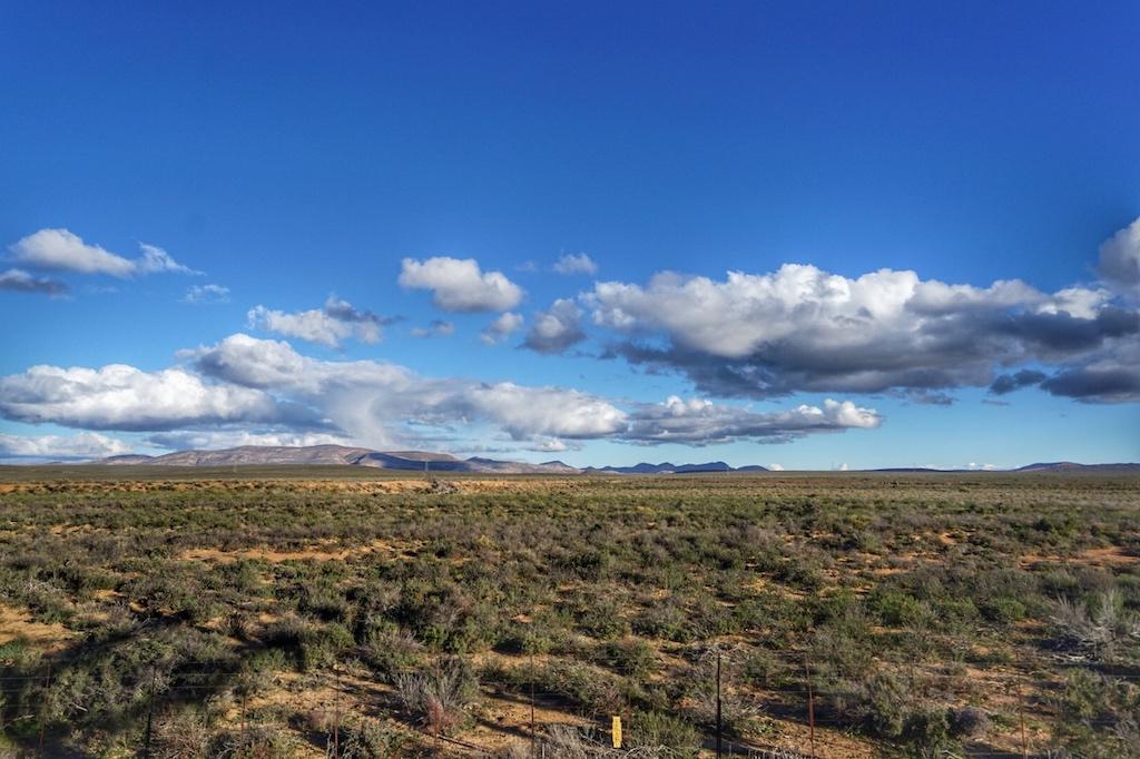 Der Schein trügt, denn die Nächte in der Karoo sind im Winter lausig kalt und dennoch ist man von der Schönheit gebannt