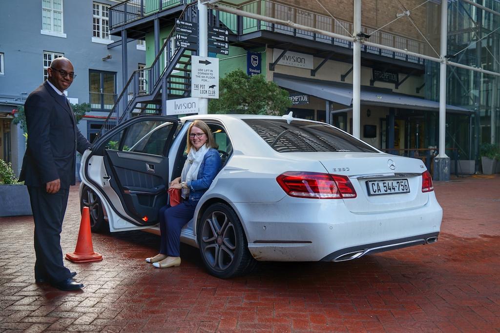 Nicht nur das 5 Sterne Hotel Cape Grace chauffiert seine Gäste kostenfrei in einem Radius von 10 Kilometern. Auch bei allen anderen Luxushotels in Kapstadt ist dieser Service Standard