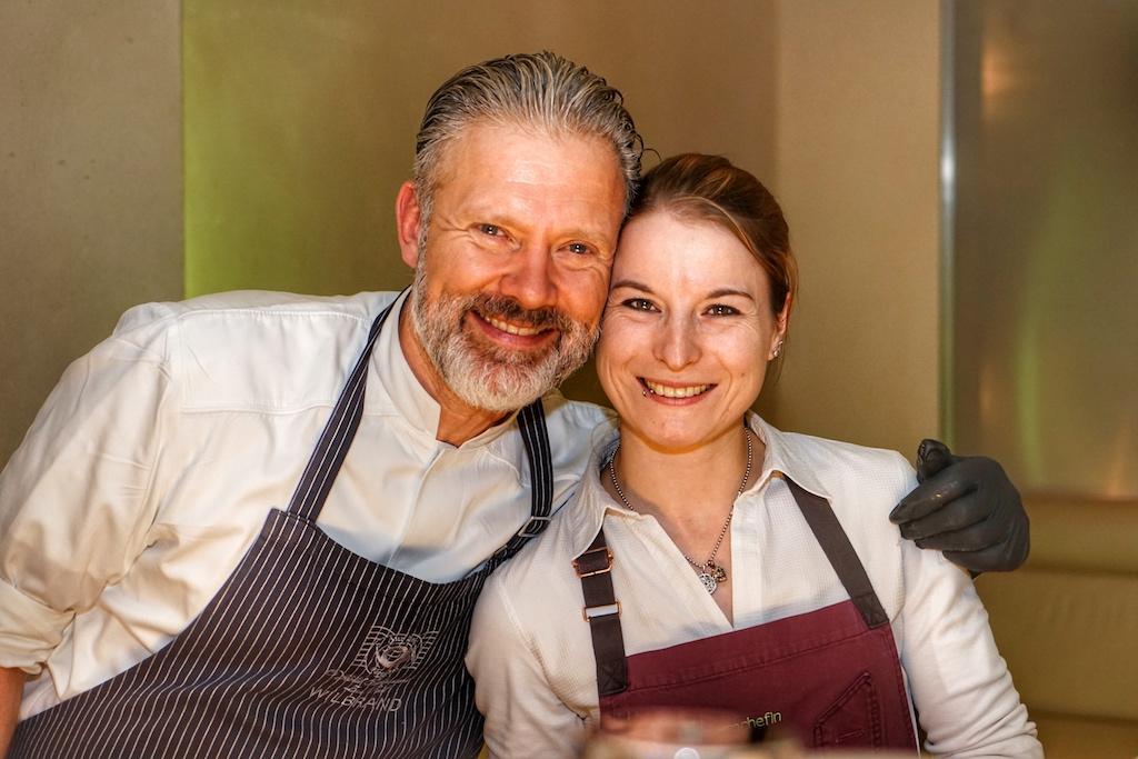 Christopher Wilbrand und Sonja Baumann - hatten ihre Kochstationen nebeneinander