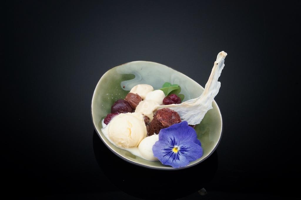 Aber auch Schwarzwälder-Kirsch mit Milchchips-Karamell-Espuma und Schokolade erfreute sich großer Beliebtheit
