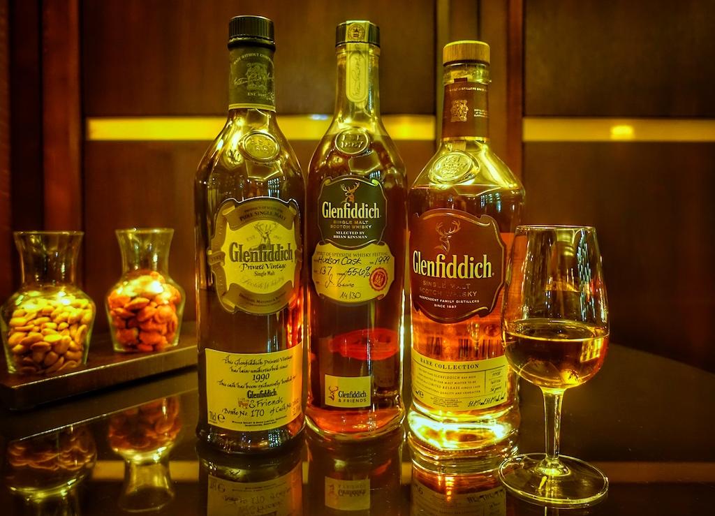 """Auf dem Weg zu den besten Whiskys - Peter Hofmann führt durchs Labyrinth des """"Acqua vitae"""