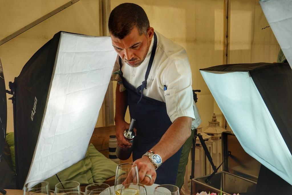 Südafrikas Starkoch Reuben Riffel war eigens für des Rheingau Gourmet & Wein Festival angereist
