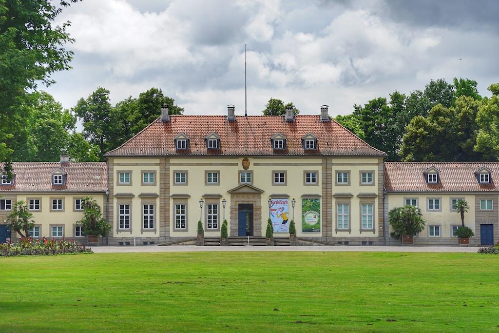 Das Georgenpalais: Als Herberge für eine Kunstsammlung gebaut, als Sommerresidenz genutzt, zum Museum mit Kultstatus avanciert / © Redaktion FrontRowSociety.net