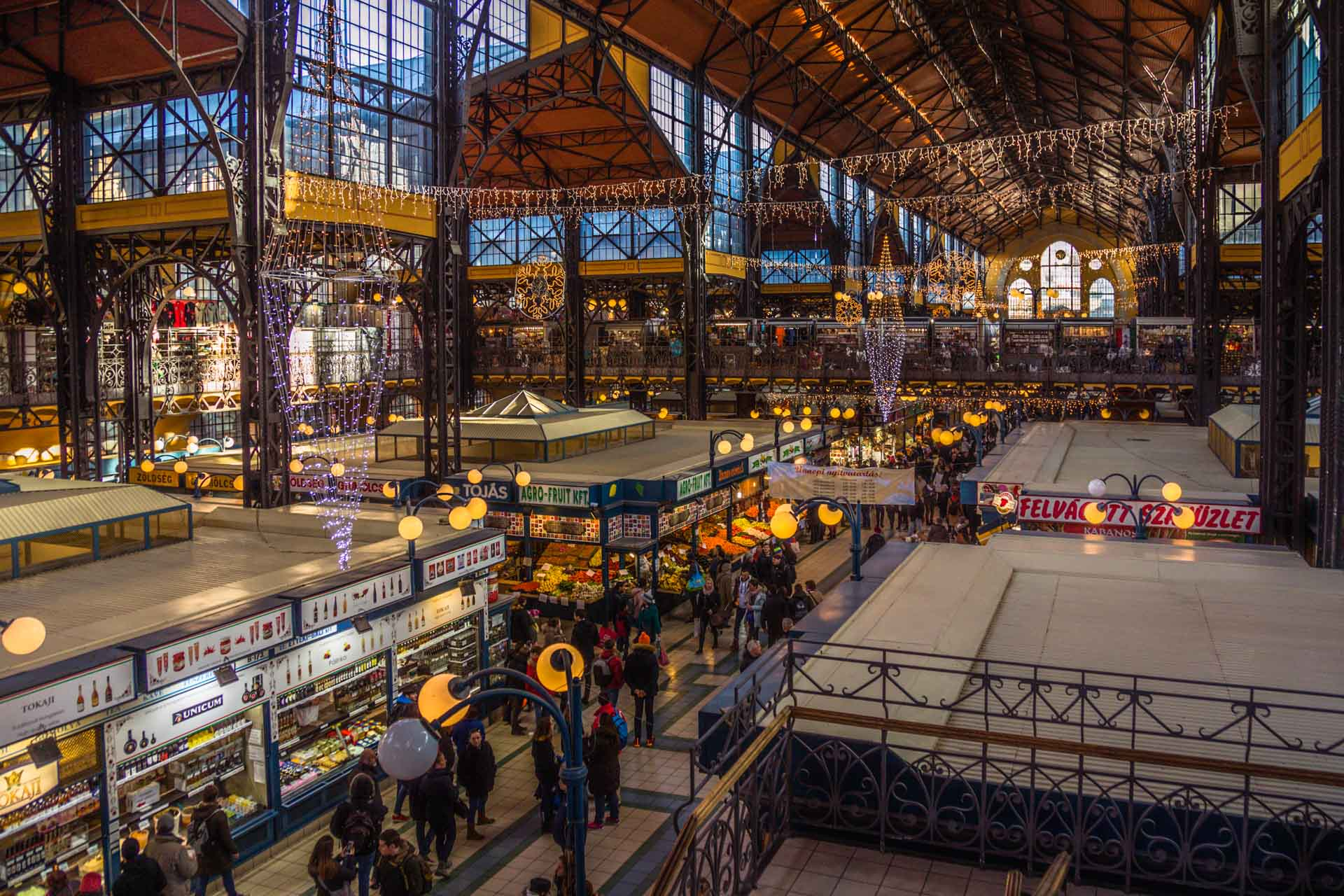 [Bild: ED_1269_2x19_1032-markthalle-budapest-ey...banner.jpg]
