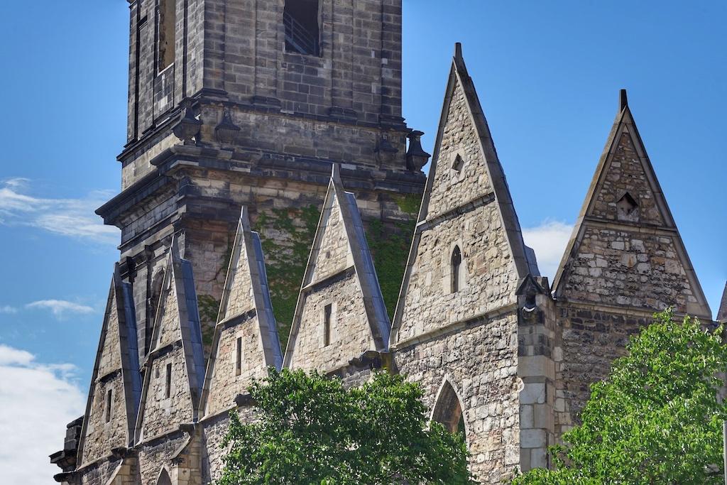 Von der Aegidienkirche blieben nur noch die Mauer erhalten