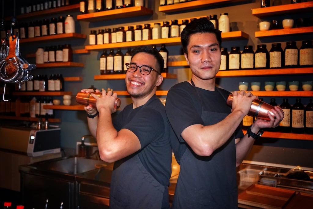 Von außen ist die Bar kein Hingucker - wer aber das Innere betreten hat und vom Barteam den ersten Cocktail probiert hat, gerät ins Schwärmen