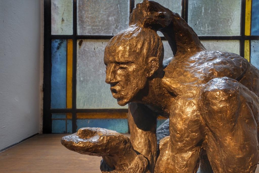 """Moderne Kunst in Bronze: """"Durst nach Freiheit"""""""