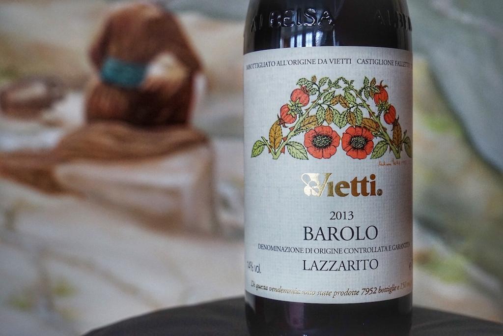Auf insgesamt 35 Hektar Rebfläche baut Familie Vietti in vierter Generation Wein an. ihre Spitzenerzeugnisse stürmen immer wieder die Charts der Weinkritik