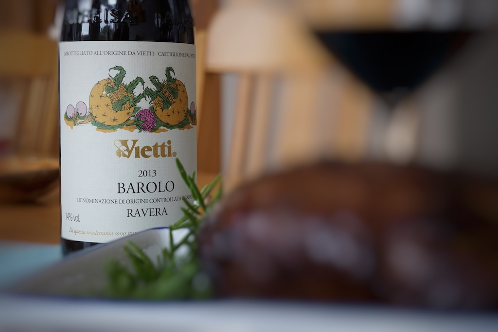 Der Vietti Barolo Ravera ist ein hervorragender Begleiter zu edlen Fleischgerichten