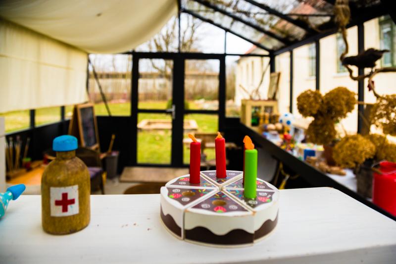 Paradies für Kinder. Im Spielhaus können die Kleinen feiern, spielen und entdecken, um am Ende eines erlebnisreichen Tages zur Freude ihrer Eltern tief und fest zu schlafen / © FrontRowSociety.net, Foto: Georg Berg