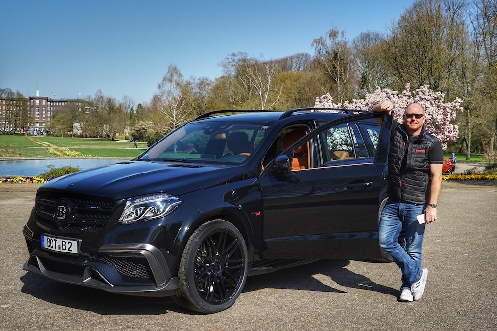 """Markenbotschafter und Herausgeber des Magazins - Andreas Conrad - ist überwältigt: """"Das ist bisher das ultimativste SUV welches ich gefahren habe. Luxuriös, komfortabel und Vorschub bis zum Abwinken"""""""