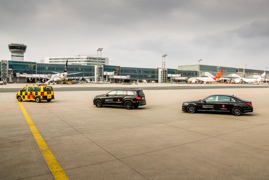 Die VIP Shuttle Spitze führten die Fahrzeuge von BRABUS an, ..