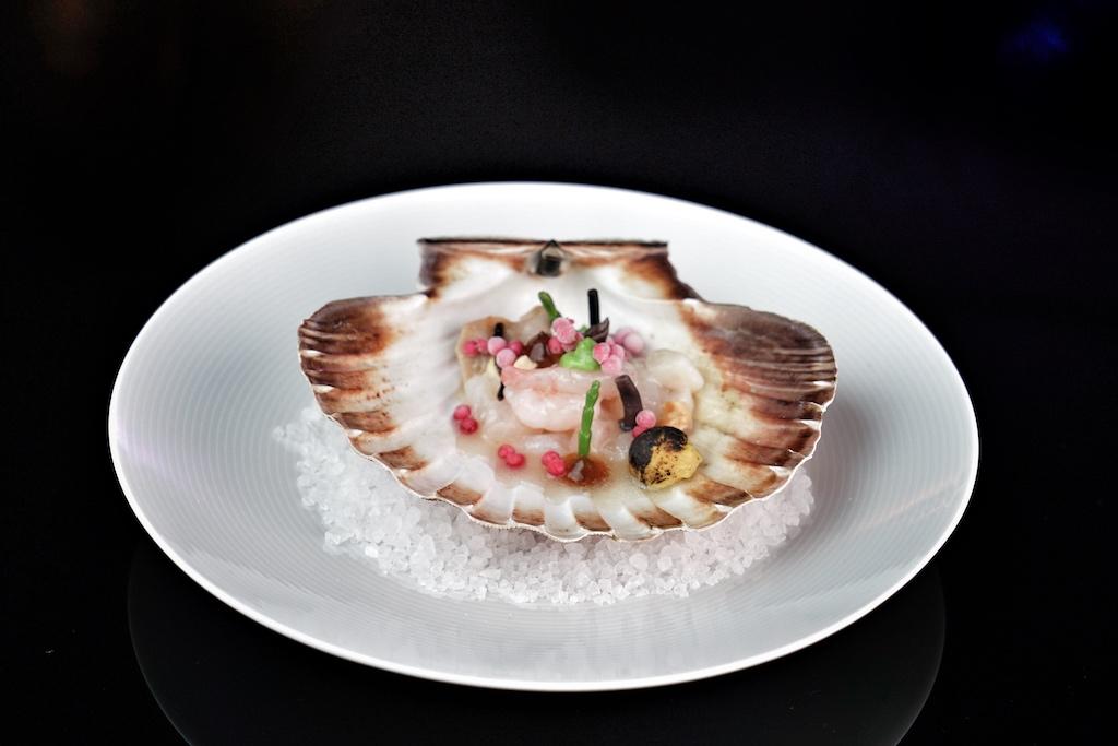 Ceviche, bar de ligne, Meeresfrüchte, roter Shiso - in der Sterneküche ist die Globalisierung zu Hause