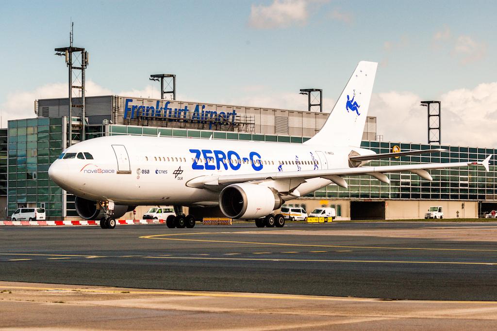 In Kürze wird der Zero G Flieger - ein Airbus 310 - abheben. Mit an Bord knapp 50 Personen, die die Schwerelosigkeit erleben sollten