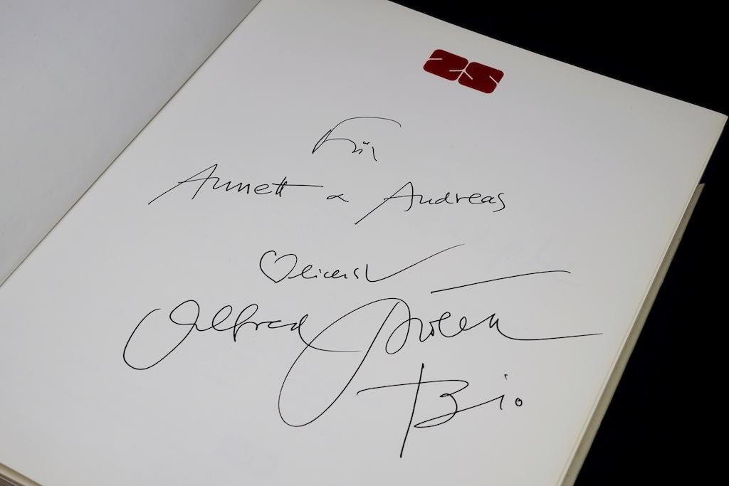 ...und natürlich hat Alfred Biolek jedes seiner Kochbücher signiert