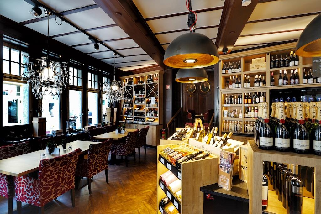 Weinhaus Uhle: Platz nehmen und genießen