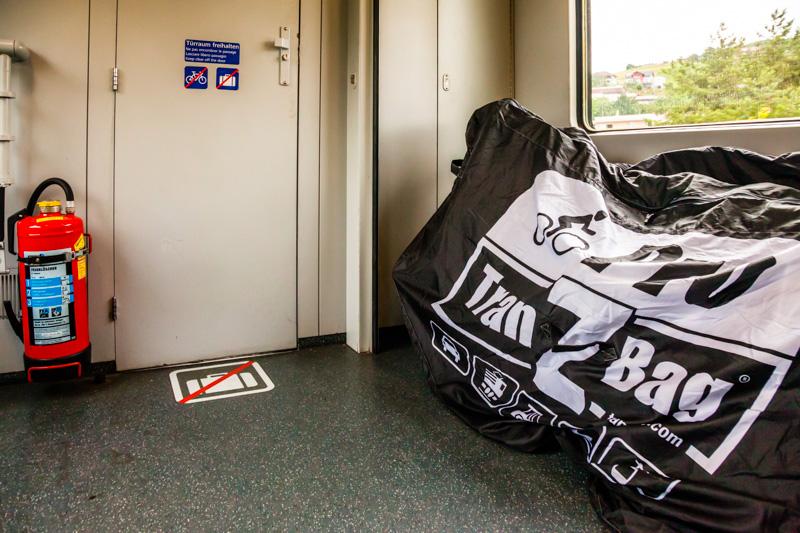 Auch für sperrige Traglasten ist bei der ÖBB genügend Platz im Zug / © FrontRowSociety.net, Foto: Georg Berg