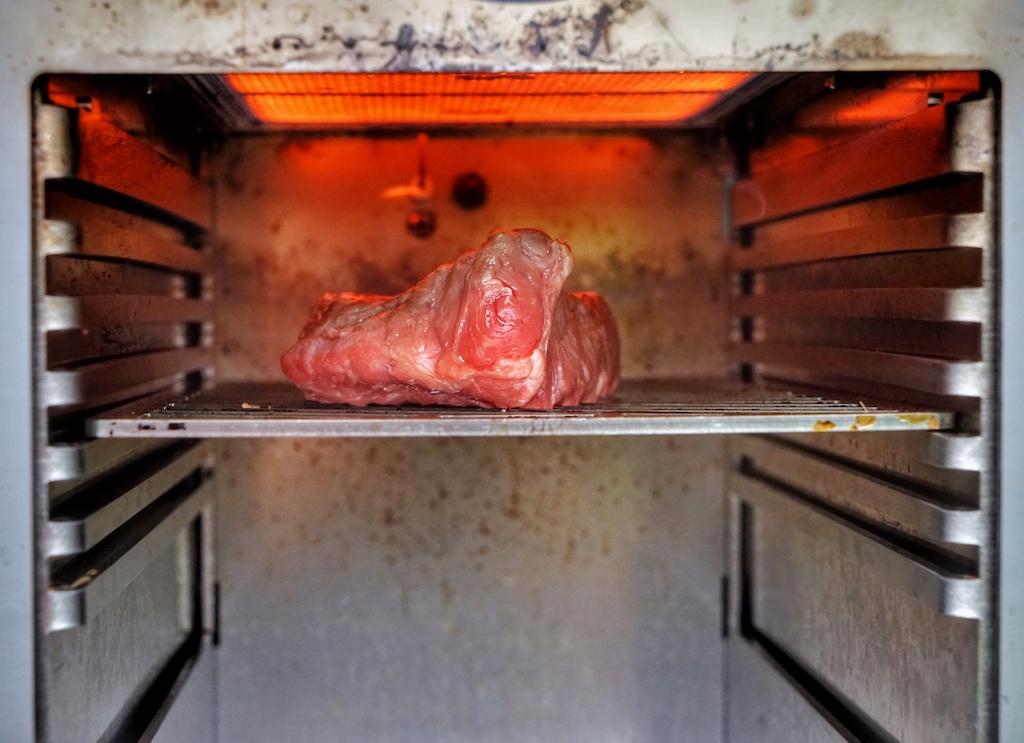 Der Beefer ist ein Gerät für Macher, Aromenverliebte, Qualitätsbewusste und heimische Grillmeister /© Redaktion FrontRowSociety.net