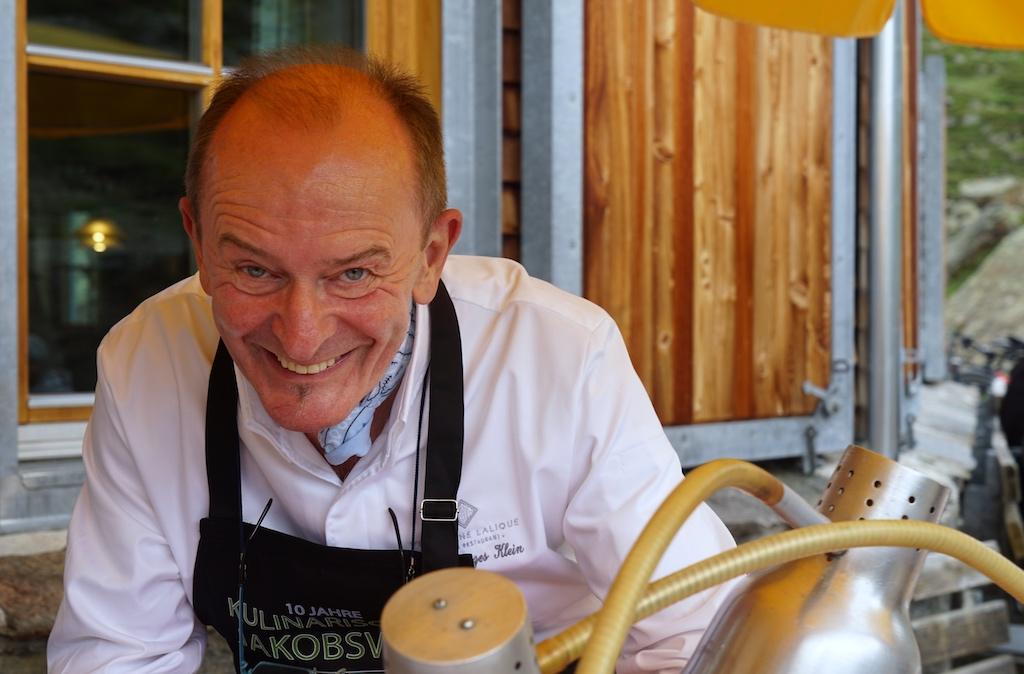2 Sternekoch Jean-Georges Klein hatte beim Gourmet Event Kulinarischer Jakobweg auf der Jamtal Hütte Schmackhaftes aus dem Elsass kredenzt