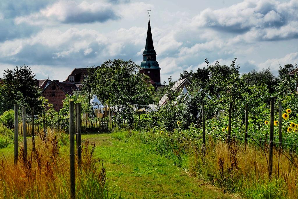 Der Biohof Ottilie befindet sich in einer einmaligen Lage des Alten Landes