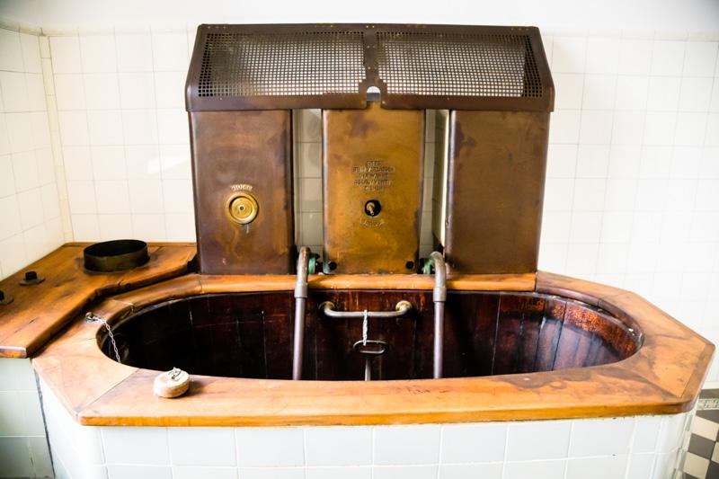 ... gestaltete sich das Interieur der einzelnen Badekabine sehr schlicht und funktional / © FrontRowSociety.net, Foto: Georg Berg