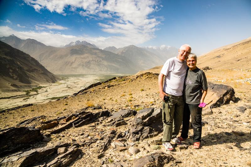 Wo die Flüsse Wakhan und Pamir sich zum Pansch vereinigen, begehen Lothar und Heidi ihren 49. Hochzeitstag / © FrontRowSociety.net, Foto: Georg Berg