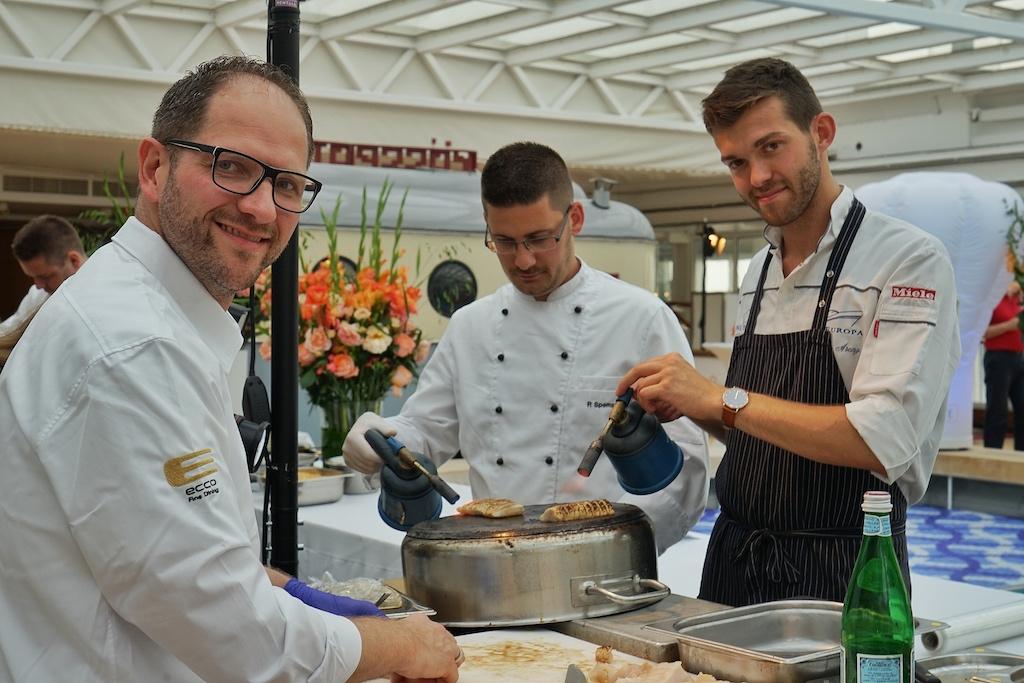 2 Sternekoch Rolf Fliegauf aus dem Restaurant Ecco in Ascona...