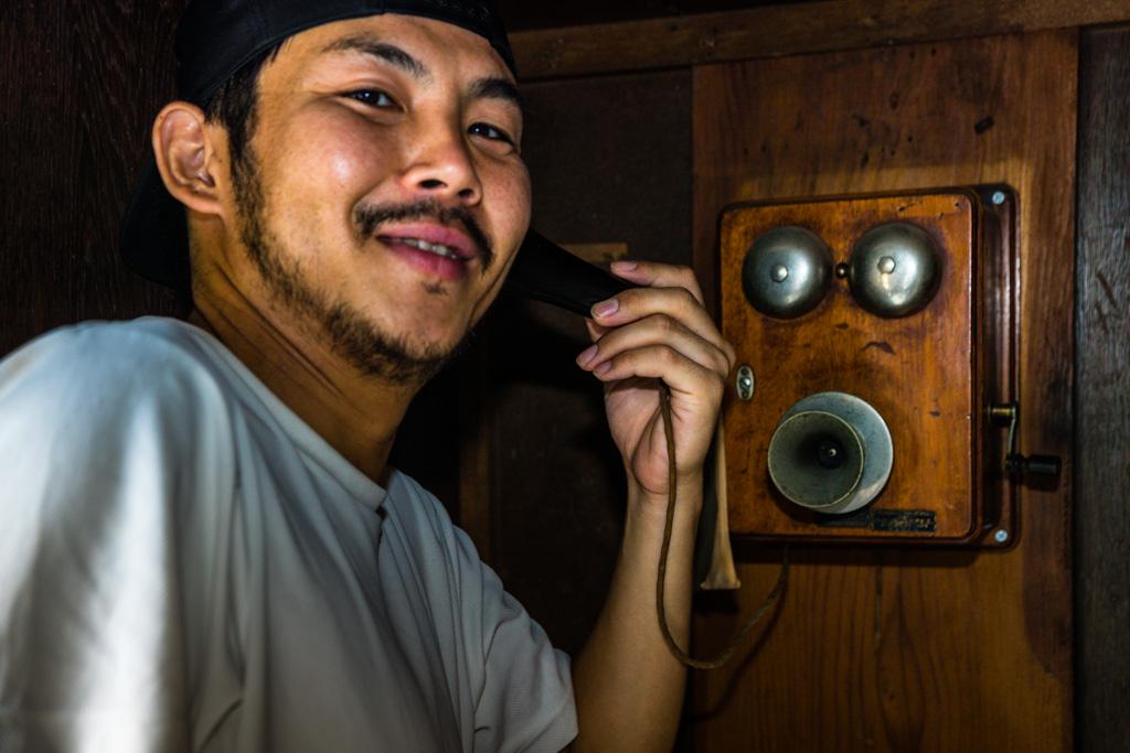 Pfiffige Kommunikation: Shohei Nozue setzt in dem Familienbetrieb Mejiiya Shoyu von 1872 in Hamamatsu, Shizuoka auf Workshops und verpackt dabei ein altes Handwerk in modernes Marketing / © FrontRowSociety.net, Foto: Georg Berg