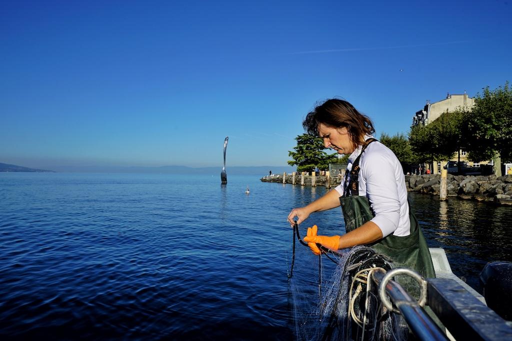 Fischfang ist eine Familietnradition. Madame Brugger ist mit von der Partie
