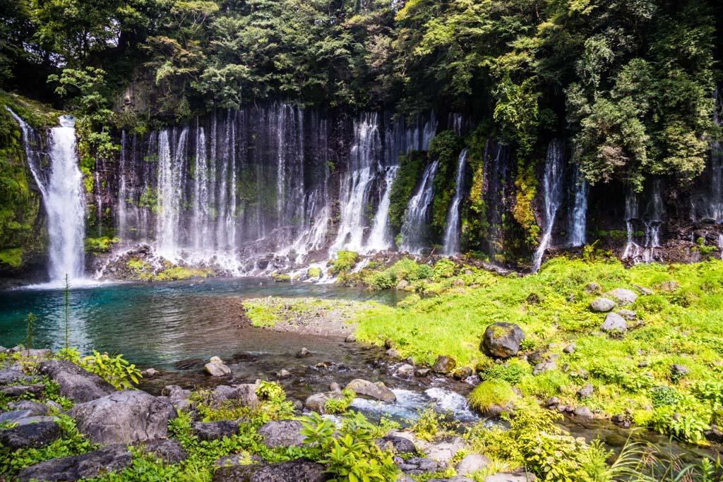 Die Shiraito Wasserfälle werden aus dem Wasser des Mount Fuji gespeist / © FrontRowSociety.net, Foto: Georg Berg